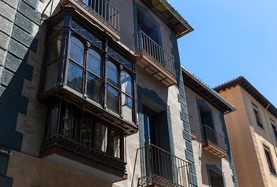 Detalle_fachada_balcón